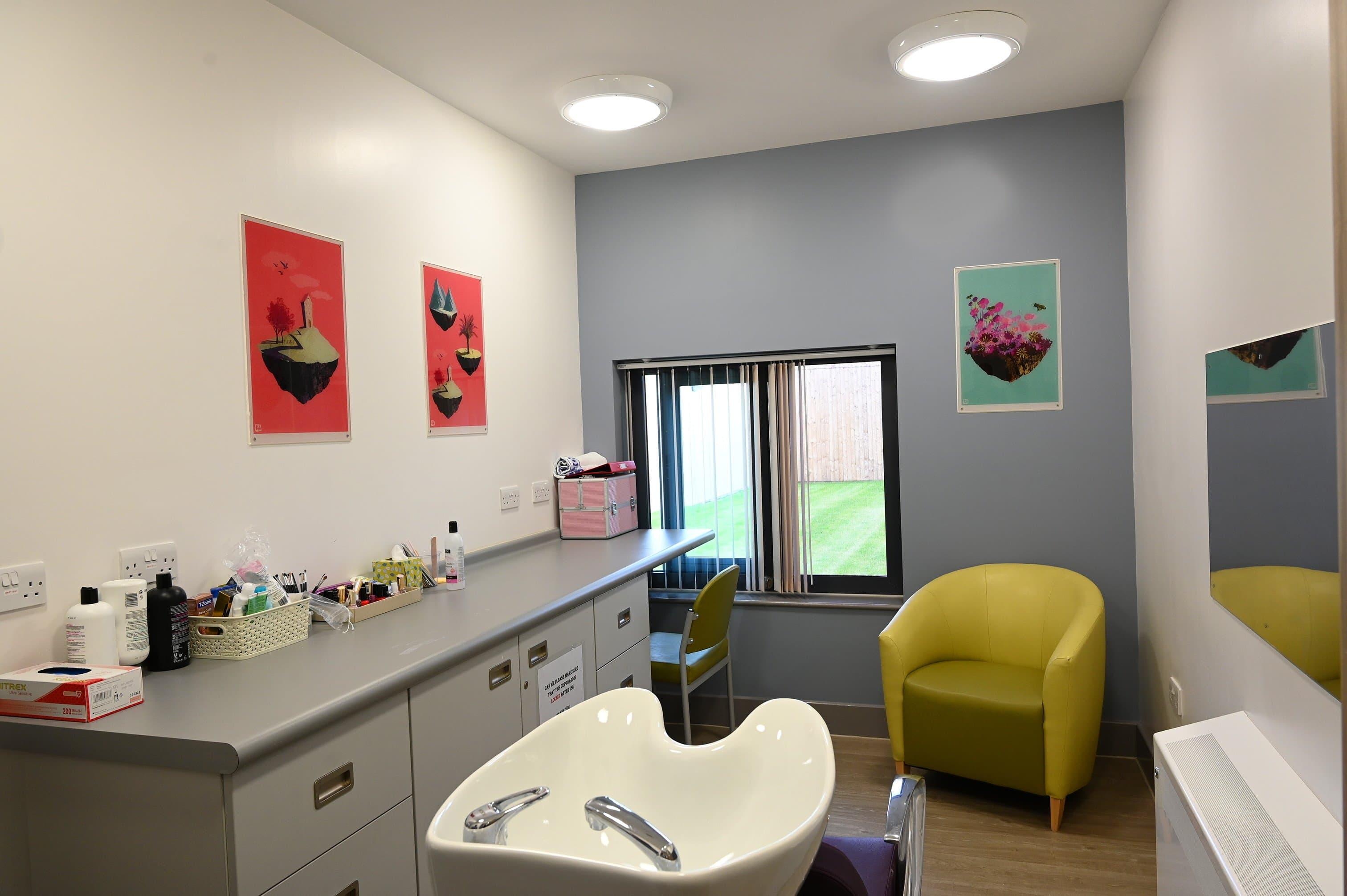 Honeysuckle Lodge - Complementary Room (2)