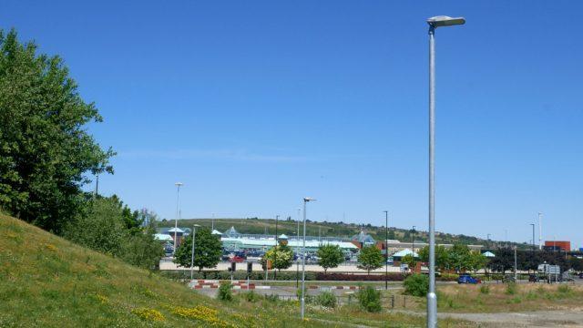 Meadowhall Way Footpath (7)